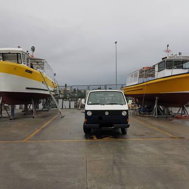 Hondarribia, barco, frontera, catamaran